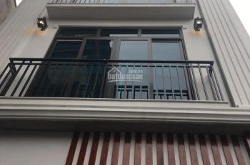 Bán nhà mặt phố Phan Kế Bính 45m2 * 5 tầng, MT 5.6m, giá 10.5 tỷ. LH 0937026888