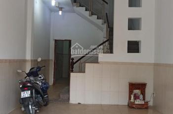 Cho thuê nhà giá rẻ mặt tiền số 50 đường Nguyễn Cửu Đàm, P. TSN, Q. Tân Phú (LH: 0945884949)