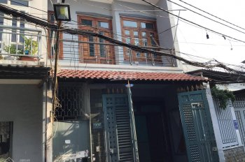 Cho thuê nhà đẹp 2 tầng - 130m2 - ngay chợ Phạm Văn Bạch - 9.5 triệu/tháng - 5 phòng - hẻm xe tải
