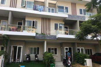 Cần bán gấp nhà phố Rio Vista CĐT MIK, Q9, giá 5,550 tỷ, hướng Đông Nam, bàn giao 1 trệt 2 lầu