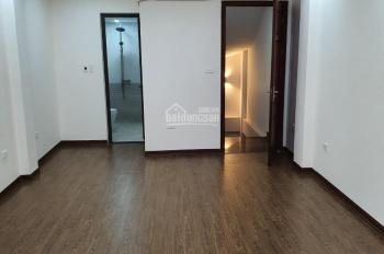 Cho thuê nhà phố Hoàng Ngân, Trung Hòa, Cầu Giấy 40m2 x 5 tầng. Cách đường Hoàng Ngân 30m