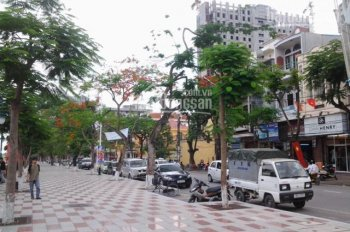 Bán gấp nhà mặt phố Nguyễn Đức Cảnh - Vị trí siêu đẹp, kinh doanh tốt - Mặt tiền khủng 8.5m