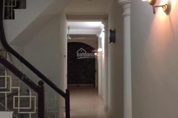 Nhà trong ngõ 544 Đê La Thành cách ngã tư Giảng Võ Láng Hạ 100m giá bán rẻ