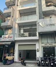 Bán gấp nhà hẻm xe hơi 8m Lê Ngã, quận Tân Phú, DT: 4.2 x 14m, trệt 1 lầu
