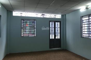 Cho thuê nhà đường Khuông Việt, quận Tân Phú, DT 4.4x13m, trệt, lầu, 2WC, nhà mới. Giá 11 tr/th