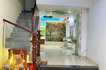 Bán nhà HXH đường Thích Quảng Đức, phường 5, Phú Nhuận, 5 tầng, giá 8.2 tỷ