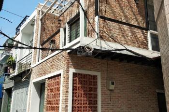 Bán căn nhà căn góc 2 mặt tiền đường Nguyễn Lâm. Nicky - 0909745477