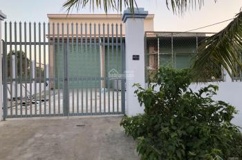 Bán nhà xưởng đất thổ cư, mặt tiền đường T7 xã Hưng Long, cách MT An Phú Tây - Hưng Long 300m