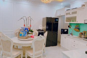 Mặt tiền Phùng Văn Cung, Q. Phú Nhuận, 5x11.5m, 5 tầng, nở hậu, xe hơi đậu trong nhà, 14 tỷ TL