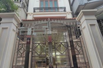 Bán nhà 85m2, 4 tầng, có sân cổng cực đẹp, ngõ to đường Hàng Kênh, 3,8 tỷ. LH em Quang 0934.935.888