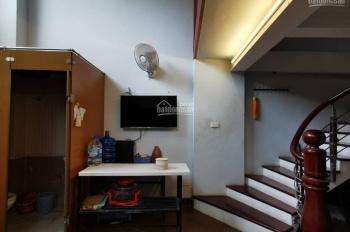 Bán nhà 3 tầng, 1 tum tại địa chỉ: Tổ 19 - Ngọc Thụy - Long Biên - Hà Nội DTSĐ: 43.2 m2, 2 mặt tiền