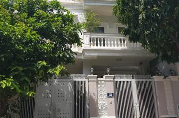 Cần cho thuê nhà 6x17m xây 1 trệt 2 lầu, nội thất, giá thuê 20tr/tháng