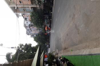 Cần cho thuê văn phòng nằm MT đường Nguyễn Sỹ Sách, DT gần 70, giá 5tr/th, đủ tiện ích trong phòng