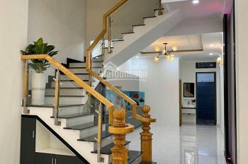 Bán nhà phường Linh Trung hẻm đường Lê Văn Chí 1T 3L kiến trúc lệch tầng, 4x26m. LH 0938 91 48 78
