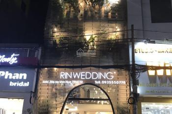 Bán nhà mặt phố Q. Phú Nhuận, đường Hồ Văn Huê khu áo cưới sang trọng, nhà 6 lầu giá 20.9 tỷ