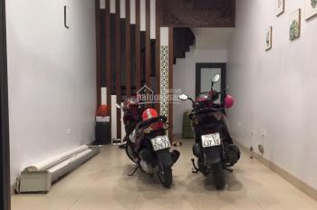 Cho thuê cửa hàng cực kỳ đẹp ở ngõ 16 Huỳnh Thúc Kháng DT 40m2, MT 4,5m 13tr/th