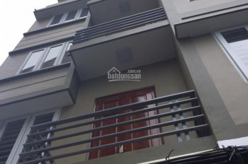 Cho thuê nhà trong ngõ phố Lò Đúc, HBT, DT 50m2 x 3,5 tầng, 3 PN, LH 0948435258