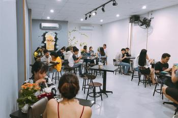 Cho thuê cửa hàng tầng 1, mặt phố Triệu Việt Vương, HBT, DT 35m2, MT 6m, LH 0948435258