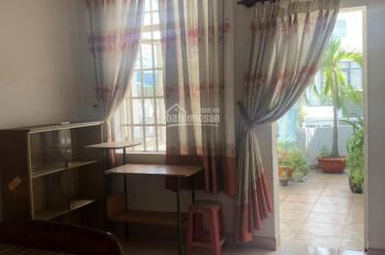 Cho thuê nhà hẻm 686 CMT8, Phường 5, đối diện CV Lê Thị Riêng