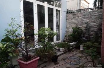 Chính chủ cần bán căn biệt thự mini 1 trệt 2 lầu mái Thái, DT 7.8m x19m, DTSD 300m2, giá 6.2 tỷ
