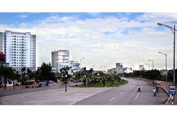 Bán đất mặt tiền Nguyễn Văn Linh, quận 7 giá 92 tỷ, LH 090 336 82 92
