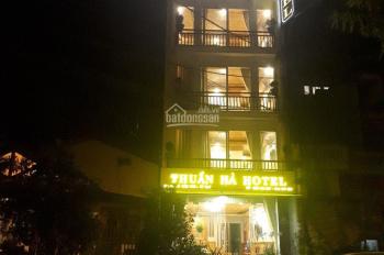 Chính chủ cần bán khách sạn Thuần Hà bờ hồ Sa Pa có view cực đẹp, giá 12 tỷ LH: 0972572987