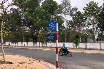 Bán thu hồi vốn lô góc đường Nguyễn Công Trứ TT hành chính Chơn Thành Bình Phước. Giá chỉ hơn 3 tỷ