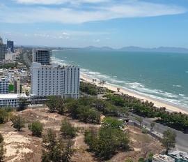 Bán 1200m2 đất mặt tiền Phan Chu Trinh gần Thùy Vân, giá 57 tỷ  có TL. LH 094653607