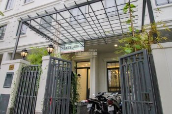 Bán tòa nhà căn hộ dịch vụ HĐ thuê 60 triệu/tháng - khu compound lakeview city Quận 2