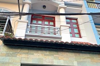 Nhà đúc: Trệt - 2 lầu - sân thượng, 4x14m, nở hậu 5,6m. Sổ hồng 64m2, Nguyễn Văn Quá, Q12