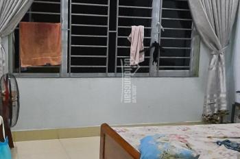 Bán nhà tập thể tầng 2, ngõ 29 Lạc Trung