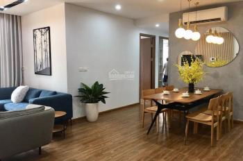 Bán căn 3 phòng ngủ trung tâm Q. Thanh Xuân, DT 135m2 chỉ 30tr/m2, nhà mới vào ở ngay, cửa ĐN