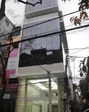 Cho thuê nhà phố Hoa Bằng, Yên Hòa, Cầu Giấy 55m2 x 5T, giá 14tr/th, phố rộng 9m