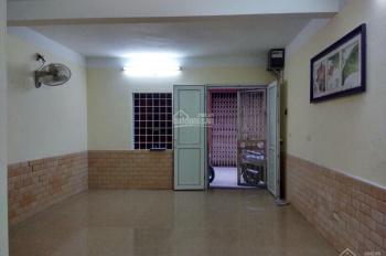 Cần bán nhà phố Yên Lạc, Hai Bà Trưng, Hà Nội, 52m2, 2 tầng, ô tô đỗ cửa 4,25 tỷ có thương lượng