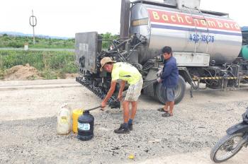 Cần tiền bán lô đất 505tr cạnh chợ Đắk Hà, đối diện bến xe trung tâm, LH: 0905001634