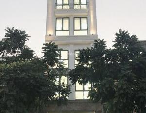 Cho thuê văn phòng mặt phố Lê Trọng Tấn