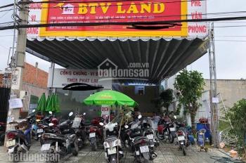 Cho thuê mặt tiền 81 Lại Hùng Cường, Vĩnh Lộc B sát UBND xã, DT 10x33, có sẵn văn phòng & quán cafe