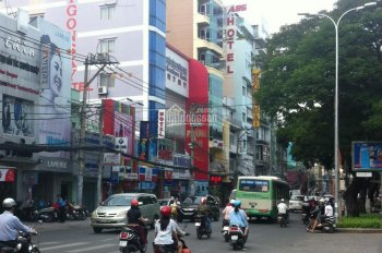 Cần tiền bán gấp mặt tiền khu Hoàng Hoa Thám, P12, Tân Bình 3 lầu mới 5x24m giá chỉ 15 tỷ