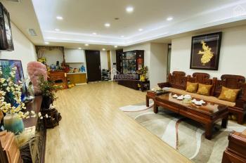 Chính chủ bán lại căn hộ trung tâm Mỹ Đình, 152m2, 4PN, full nội thất, đã có sổ