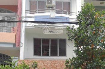 Cho thuê nhà mặt tiền đường 30 Quận 6, 14X4m2, giá tốt. LH: 0934705339