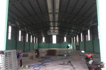Cho thuê nhà xưởng tổng diện tích 1400m2 tại Tân Định - Bến Cát - Bình Dương LH A. Chung 0972709636