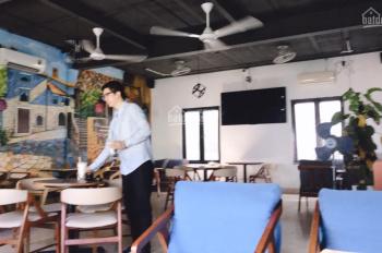 Cho thuê nhà mặt phố Hàng Bài bên thuận chiều đỗ xe: 45m2 x 2 tầng vuông vắn, mặt tiền 5,5m