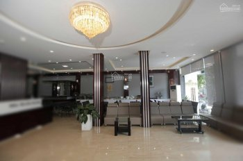 Bán khách sạn 2 sao phường Xương Huân, Nha Trang, ngang 15m, cách biển 500m