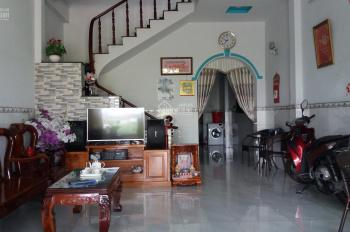 Bán nhà đúc 1 lầu mặt tiền Thới Tam Thôn 17 - xã Thới Tam Thôn - Hóc Môn, giá bán 5,4 tỷ