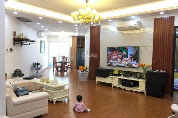 Bán CHCC Hà Đô Park View, nhà đẹp full đồ, DT 178m2, 4 PN, 3 vệ sinh. Giá 33.2tr/m2