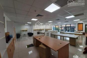 Hot! Ưu đãi mùa dịch cho thuê văn phòng đẹp nhất phố Cầu Giấy 116m2, giá thuê chỉ 25 triệu/th