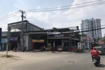 Cho thuê mặt bằng góc ngã 4 - Thảo Điền, kinh doanh tự do