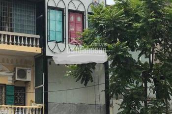 Cho thuê nhà mặt phố Lý Quốc Sư, diện tích 40m2, mặt tiền 5m, thuê 35tr/th, LH 0944093323