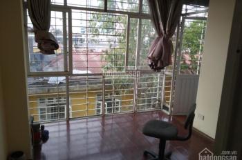 Cho thuê căn hộ TT đã sửa mới tại phố Phương Mai, Đống Đa, Hà Nội diện tích 96m2