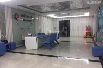 Cho thuê nhà mặt phố Hòa Mã, DT 120m2 x 6 tầng, mặt tiền 4.5m, thông sàn, thang máy, tầng hầm